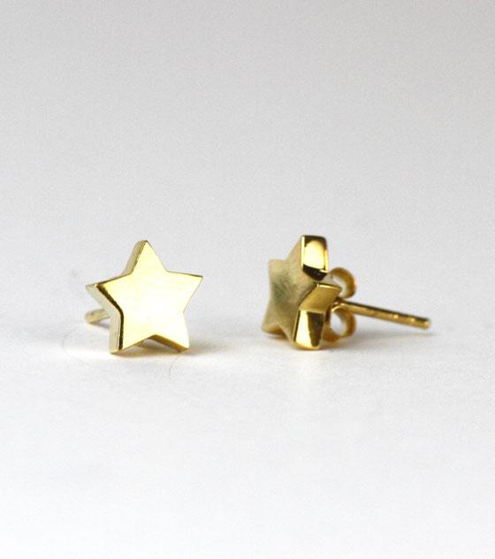 Pendientes dorados estrella