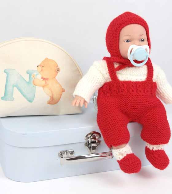 Nenuco con ropa artesanal10